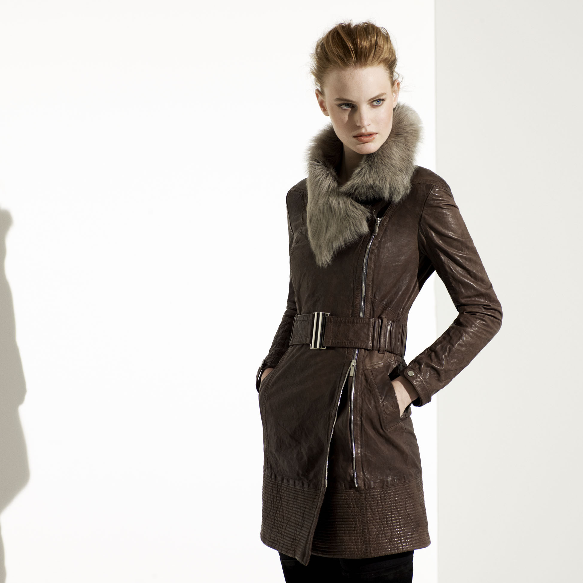 Karen millen leather jacket with fur collar – Modern fashion ...